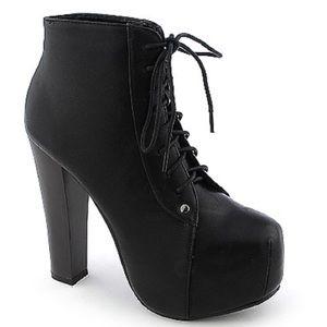 Glaze Chunky Lace Up Boots